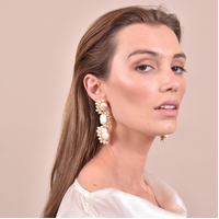 Amour Luxury Natural Pearl Bouquet Earrings (my ears are pierced)